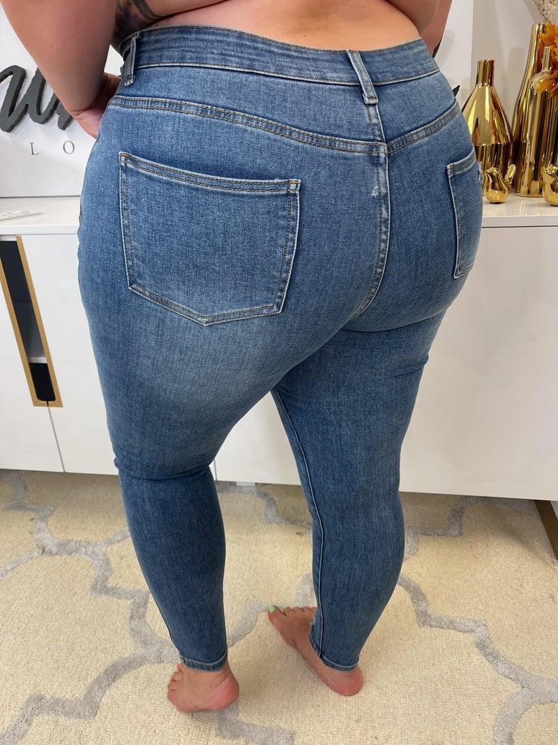 PRE-ORDER Laikyn Distressed Jeans