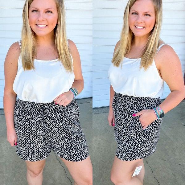 Taylor Geometric Paperbag Shorts