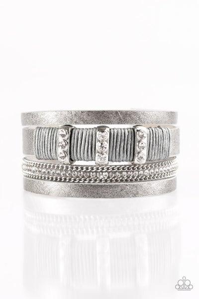 Bracelets737