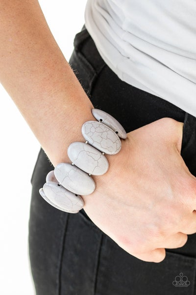 Bracelets1068