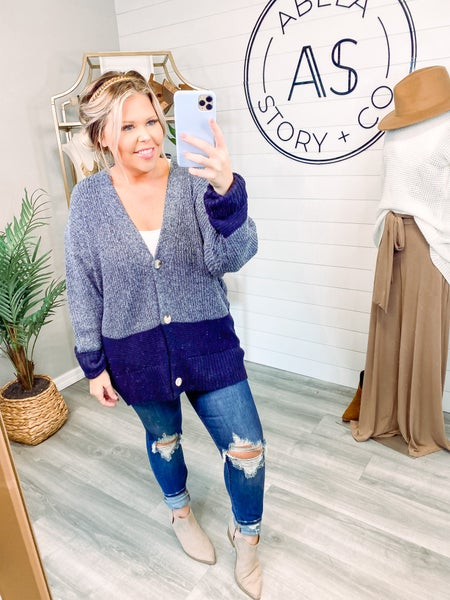 Chilly Mornings Color Block Cardigan - Navy