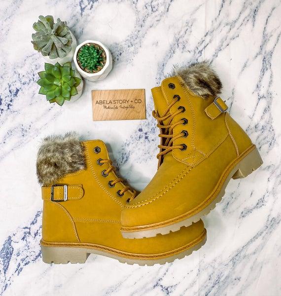 Take a Hike Boots - Camel *Final Sale*