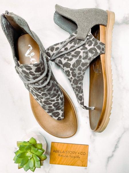 Angelika Leopard Sandal-Grey Leopard
