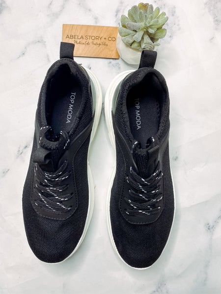 Maggie Biggs Sneaker-Black