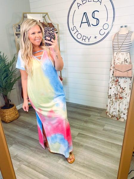 Run with Rainbows Tie Dye Strappy Neck Dress (Plus+ Reg)