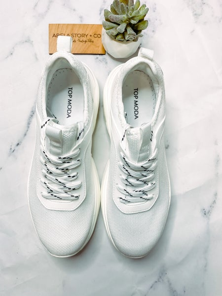 Maggie Biggs Sneaker-White