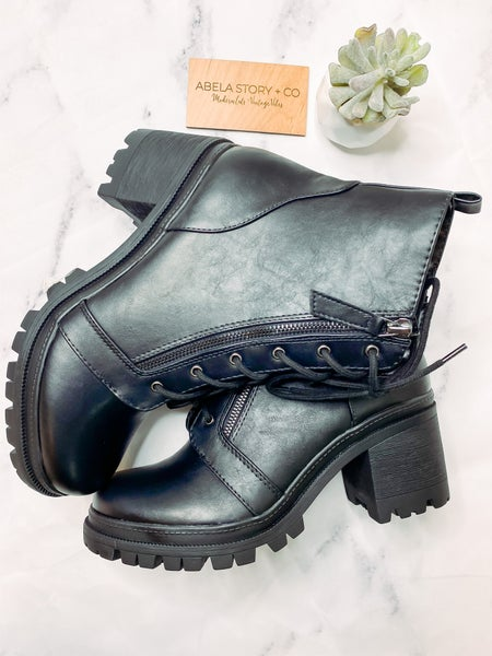 Be Like Indiana Boots-Black