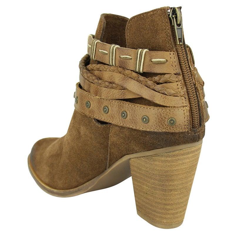 Cuthbert Boots