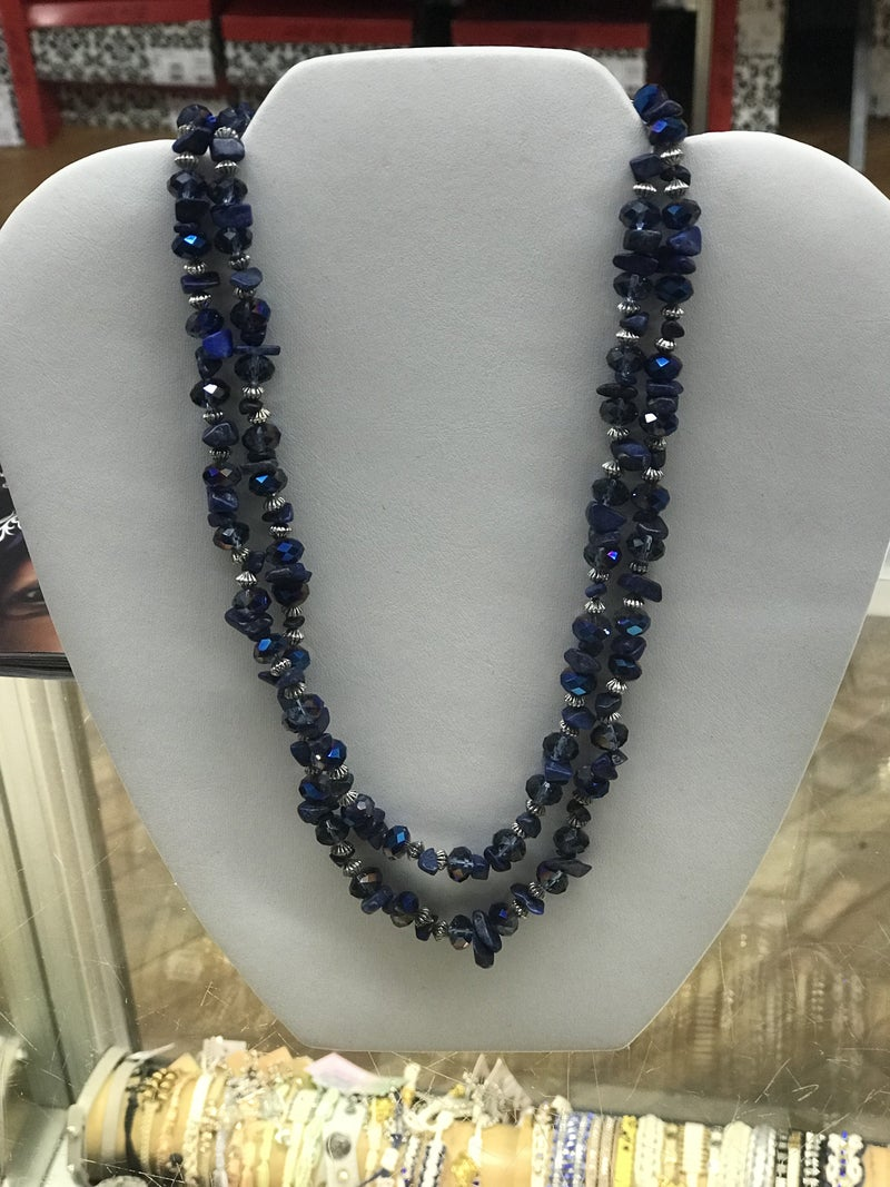 Stone pearl beaded necklace