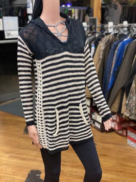 Hem Thread Sweater