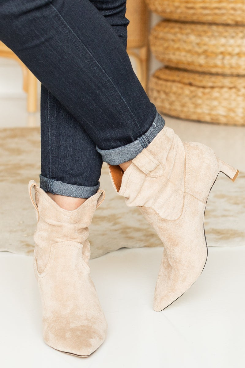 A Mix in Trends Bootie