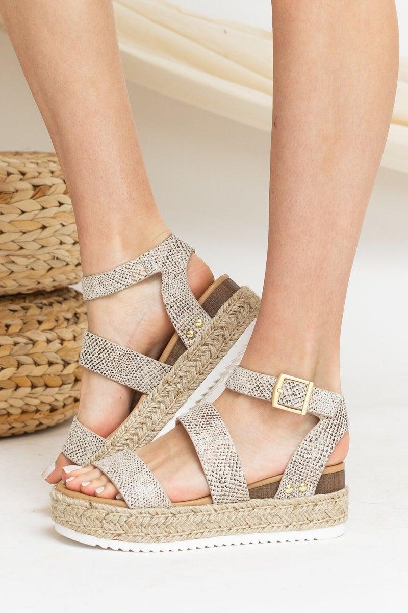 Summer Strolls Platform