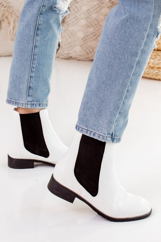 Step into the Trend Boot