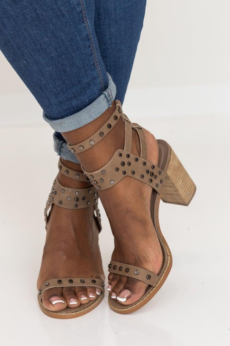 Strutting By Heel