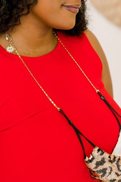 Versatile and Chic Multi-Use Chain *Final Sale*