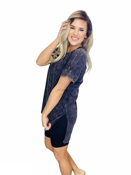 MINERAL WASH ROLLED SHORT SLEEVE ROUND NECK TOP-Charcoal