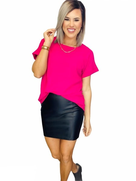 LUXE RAYON SHORT CUFF SLEEVE V ROUND HEM TOP- H.Pink