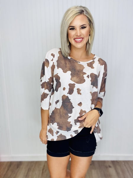 COW PRINT SHORT SLEEVE TOP WITH ROUND NECKLINE- Ivory/Brown