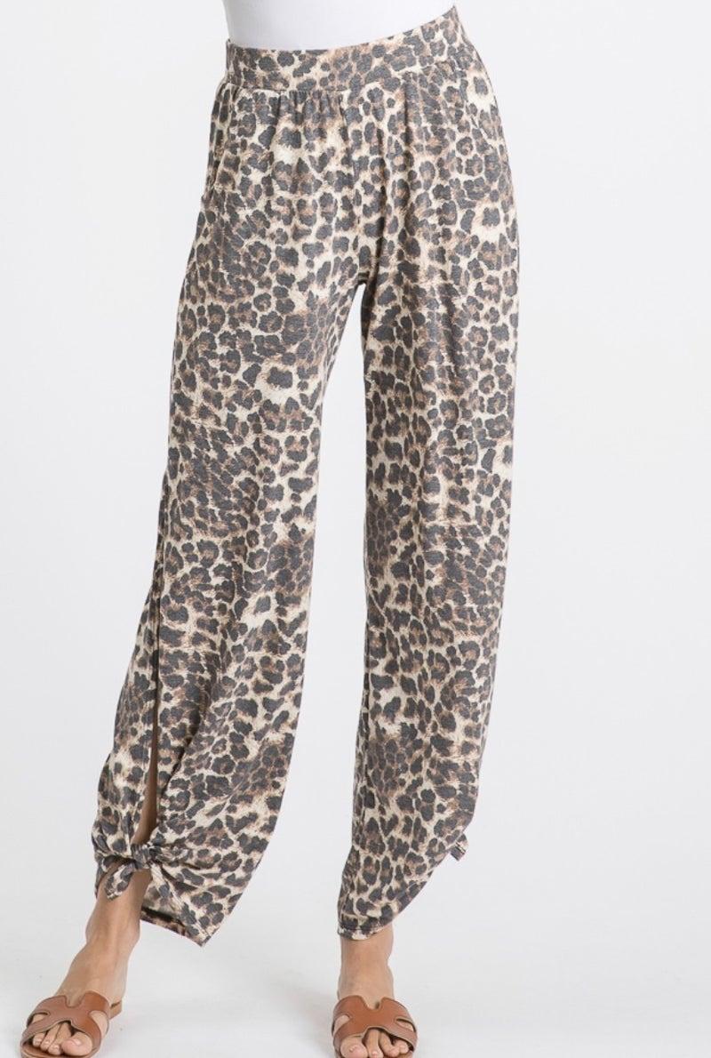 SPLIT SIDE PANTS- Leopard