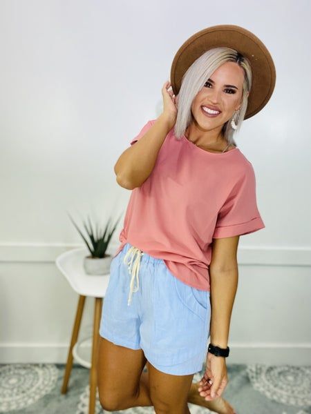 DOBBY ROLLED SLEEVE BOAT NECK TOP- Ash Rose