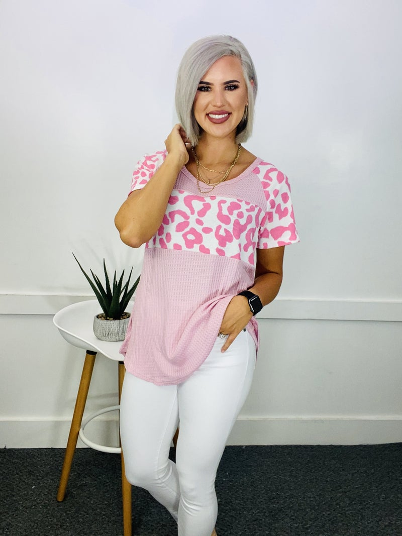 ROUND NECK ANIMAL PRINT CONTRAST WAFFLE TOP- Pink/Leopard