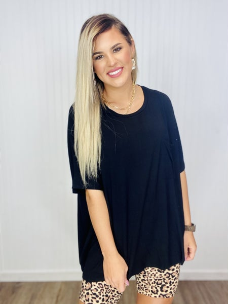 LUXE RAYON OVERSIZED ROUND NECK FRONT POCKET TOP- Black