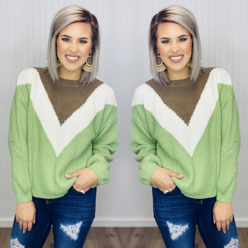 Boxy sweater with focal V