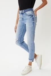 Remio High Rise Mom Jeans