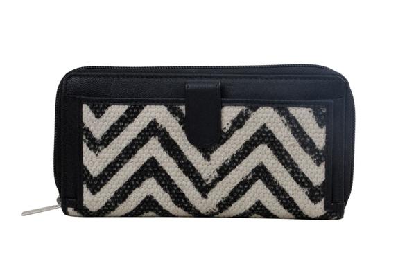 Myra -  Classic Apparel Wallet