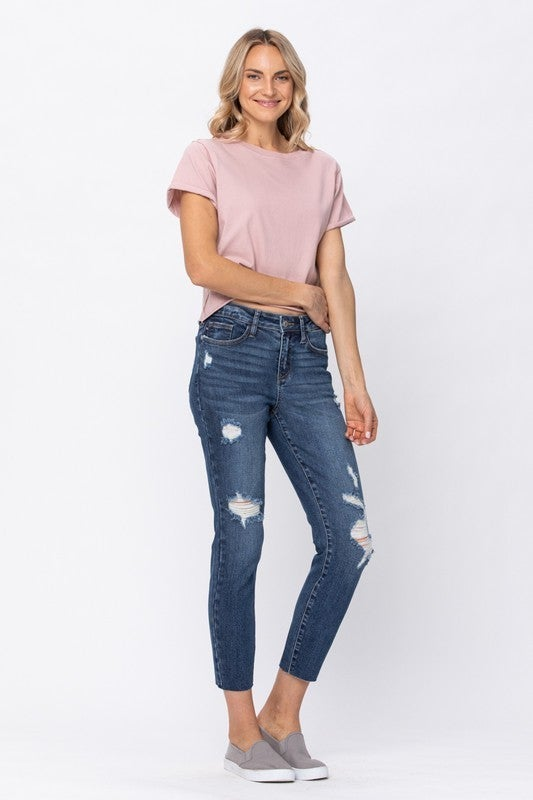 Chill Out Cut Off Jeans