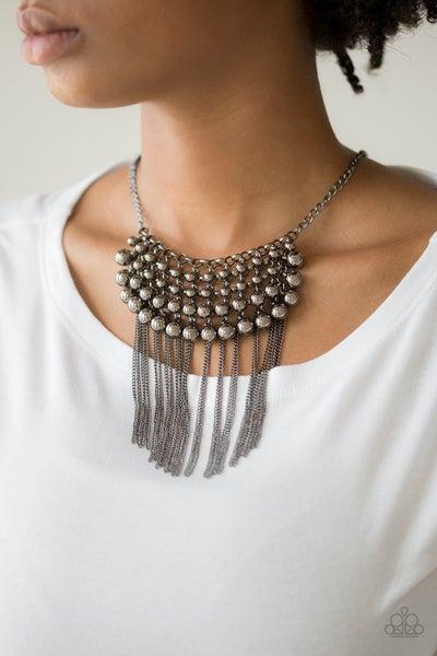 DIVA de and Rule Necklace