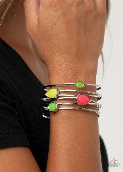 Fashion Frenzy - Multi Bracelet