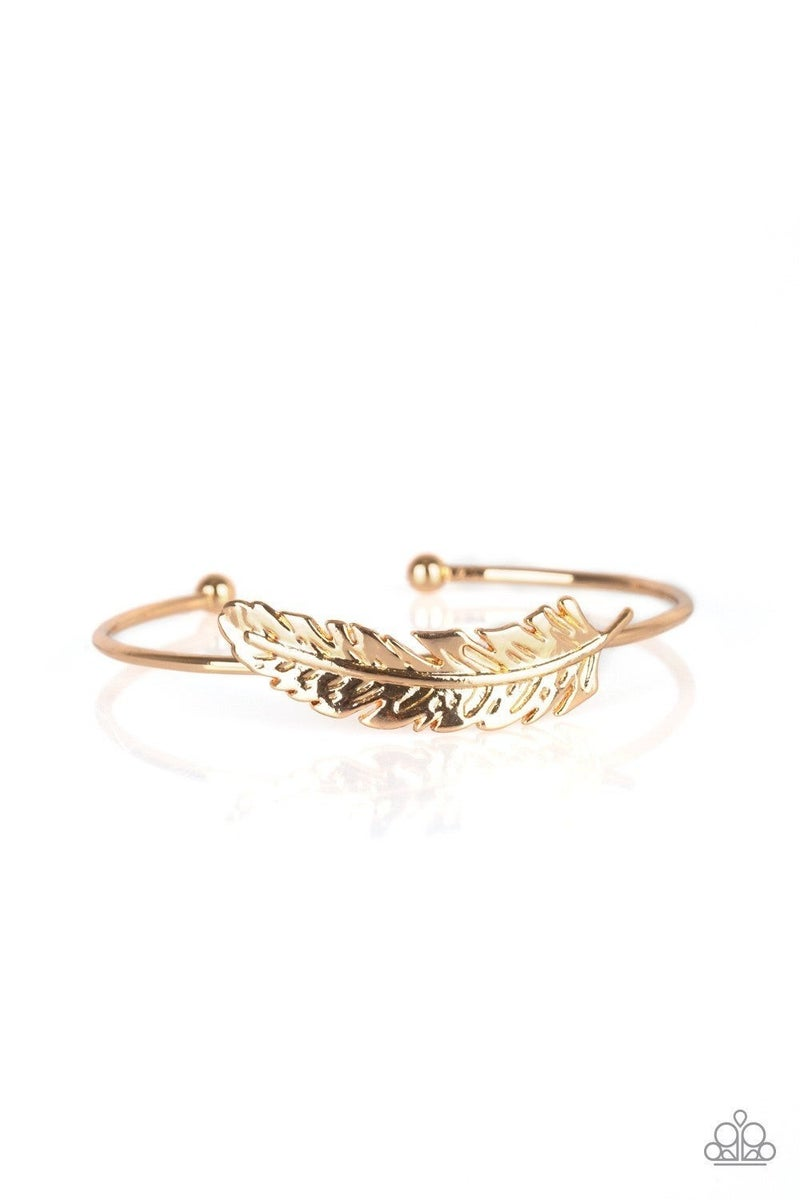 How Do You Like This FEATHER? - Gold Bracelet