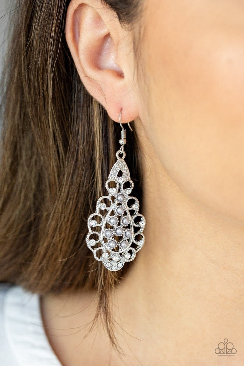 Sprinkle On The Sparkle - Silver Earring