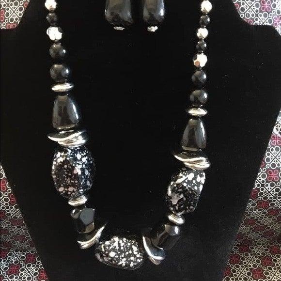 In Good Glazes -Black Necklace