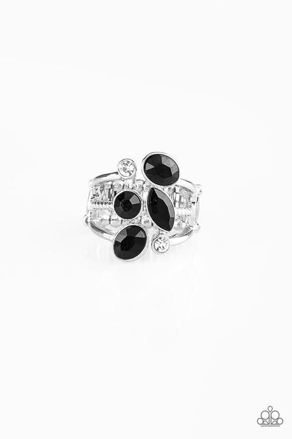 PAPARAZZI METRO MINGLE - BLACK RING