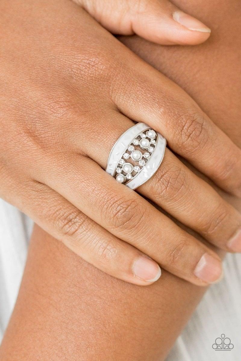 Royal Treasury - White Ring