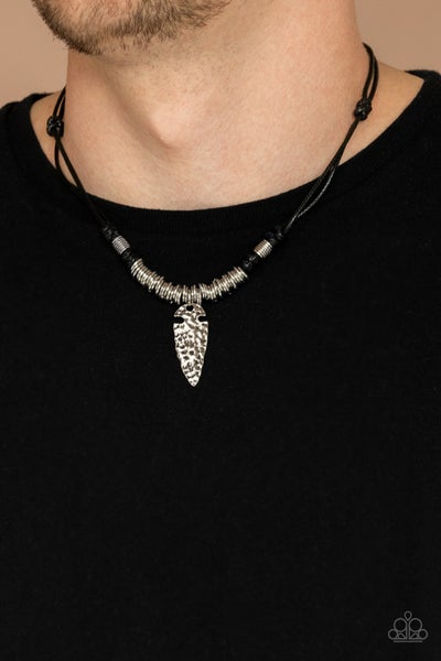 Rush In ARROWHEAD-First - Black Necklace
