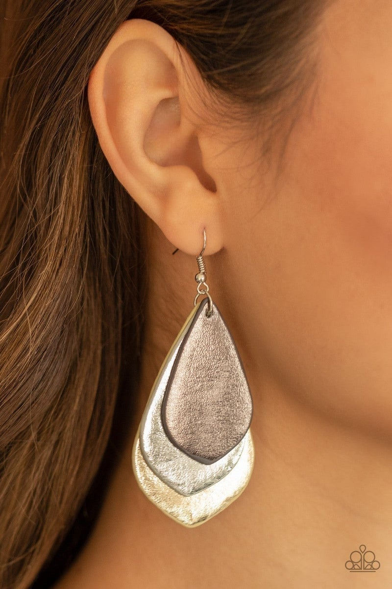 GLISTEN Up! - Silver Earring