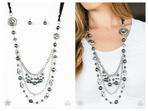 All The Trimming Black Necklace Set