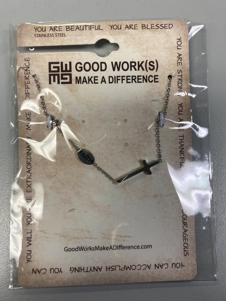 Pray Cross Bracelet