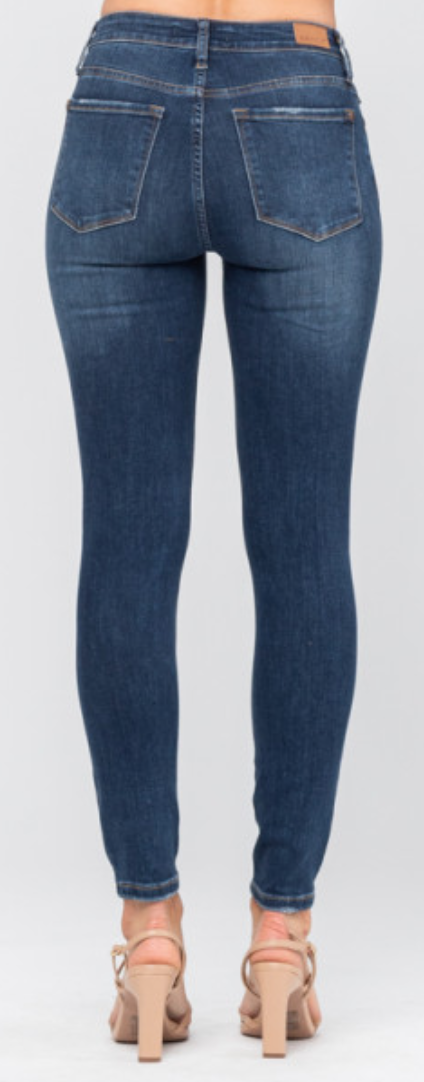 Judy Blue Non Destroy Button Fly Skinny