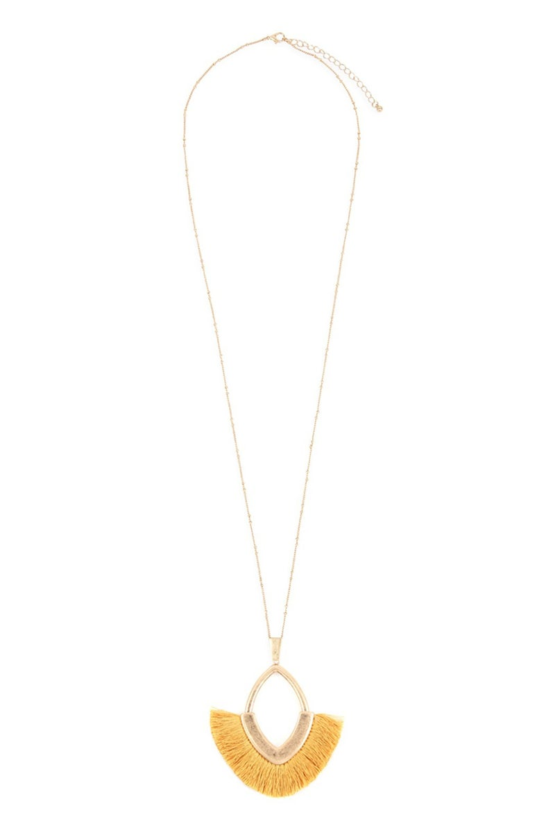 Tassel and Metal Pendant Necklace