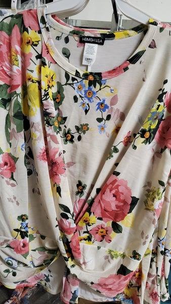 Floral top with twist hem