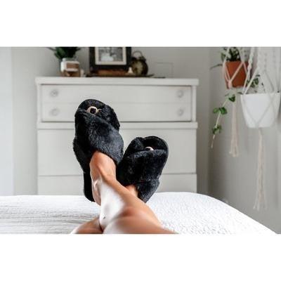 Black Criss Cross Slippers