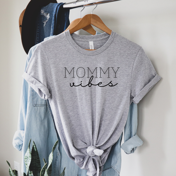 Mommy Vibes Graphic Tee
