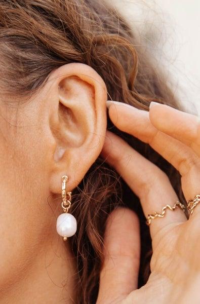 Drops Of Pearl Earrings