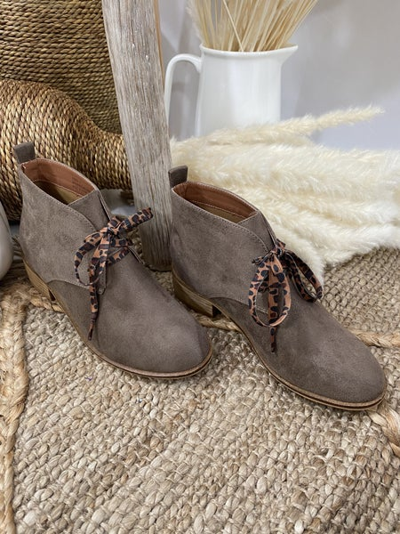 Corkys Totes Boot in Taupe