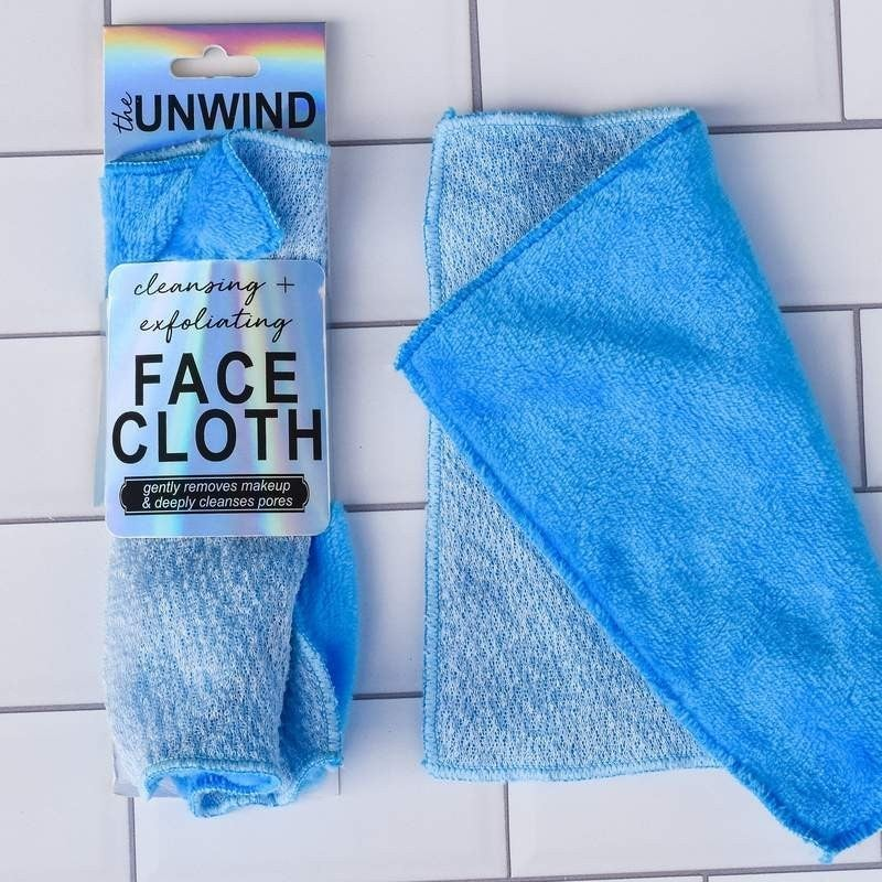 Unwind Dual Texture Cleansing + Exfoliating Face Cloth
