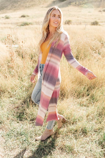 Country Roads Cardigan in Magenta